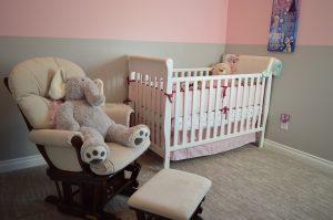 aranżacja pokoju noworodka
